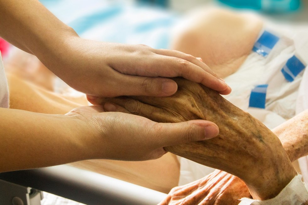 Hospice hand in hand 1686811 1920