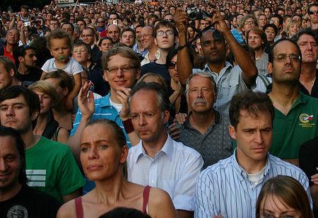 Crowd_20faces