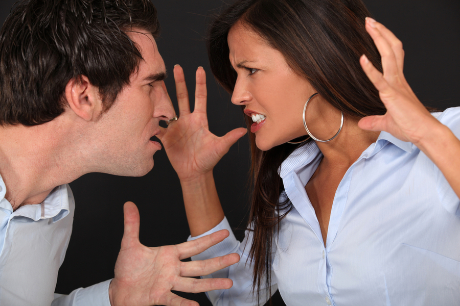 assault and domestic violence attorney Information on the various differences between assault and domestic violence charges in dc including penalties and enforcement.