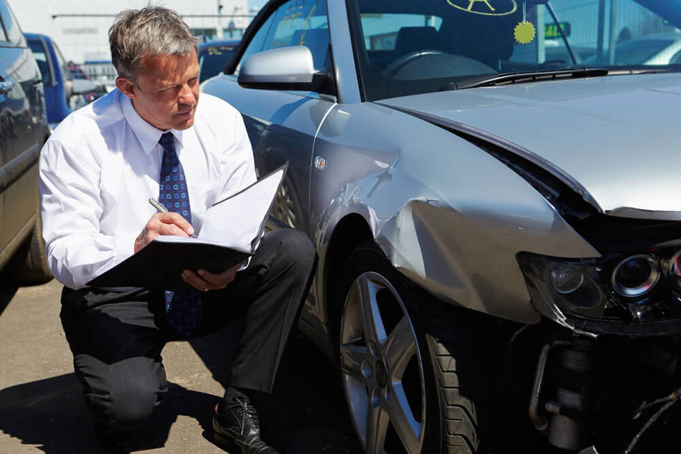 car accident insurance adjuster