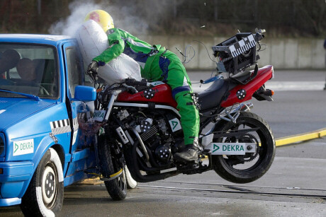 motorcycle-crash-test