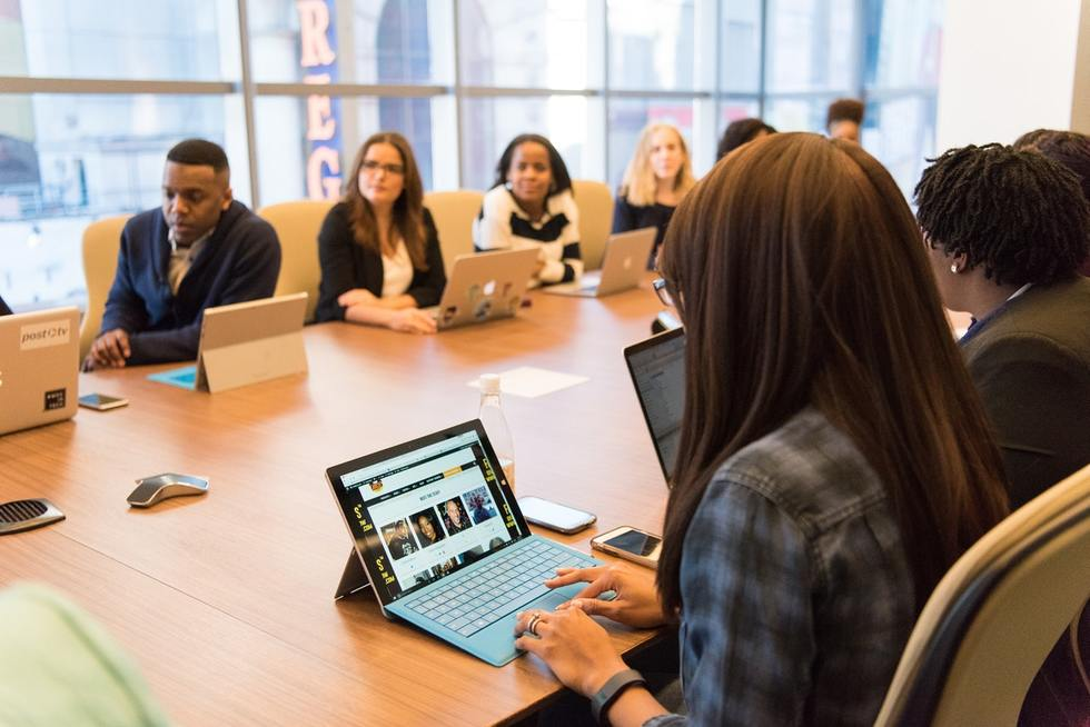 why-your-business-needs-meeting-minutes