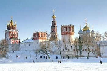 Novodevichy convent in 20snow