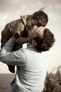 Child dad 12983873 200x300