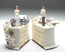 wedding cake cut in two