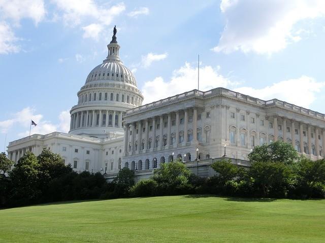 Capitol 516065 640