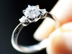 Engagement ring and divorce 300x226