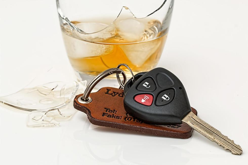 Drink driving 808790 1920