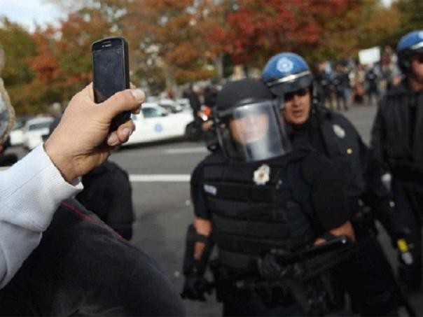 Recording police2