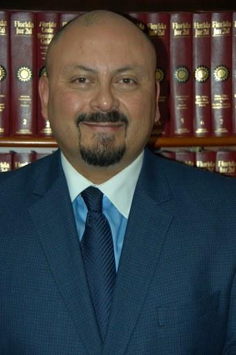 Stewart Valencia