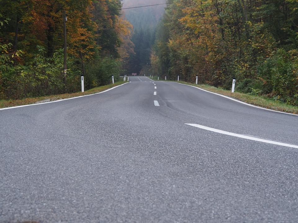Road 2875845 960 720