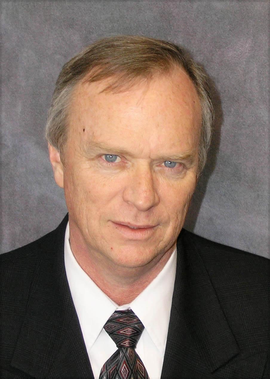 Bruce Holmes