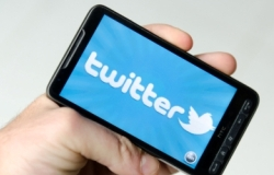 Process servers can use Twitter to gain more clients and more
