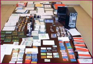 Fraudulent - counterfeit US Visas & Passports