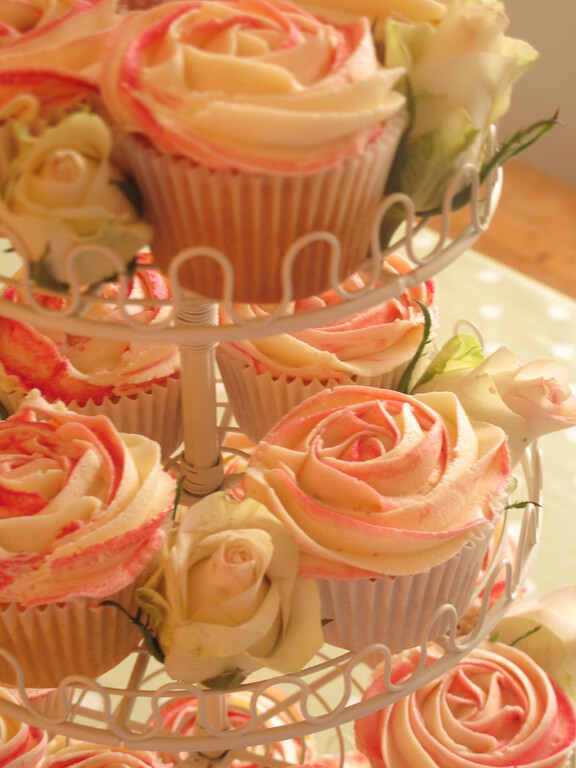 Cupcake Photo Gallery Showing Some Of Our Designs Le