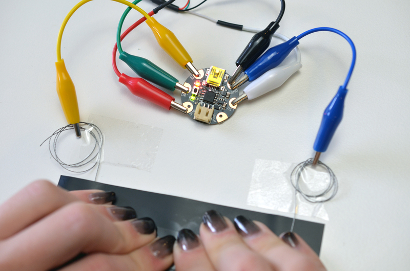 Use an arduino uno instead serial debugging with gemma