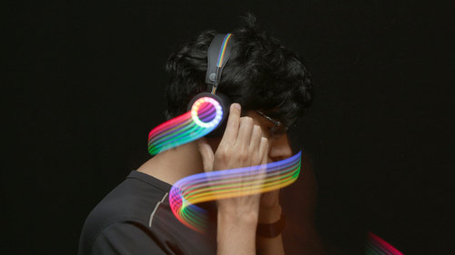 Bluetooth Controlled NeoPixel Headphones
