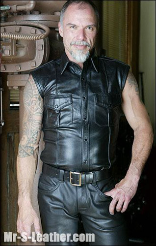Sleeveless Leather Police Shirt 36420