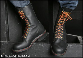leather boots in Delta 52550