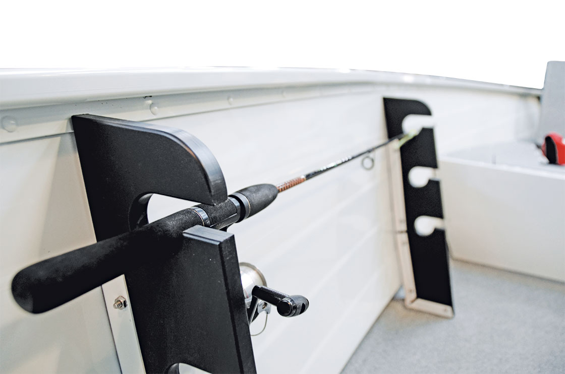 Features_15angler_rod_holder