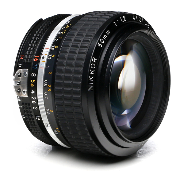 Nikon 50mm f 1.2 ai s