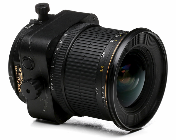 Nikon 24mm f 3.5d pc e