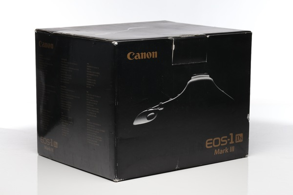 Canon 1ds iii box
