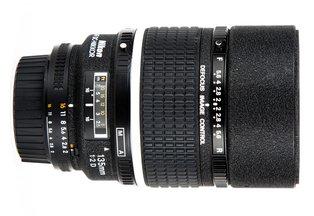 Nikon 135 f/2D AF DC