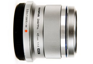Olympus 45mm f/1.8 ED