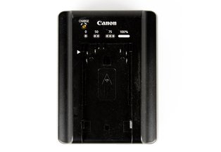 Canon CA-930 Battery Charger for C100/C100II/C300/C500