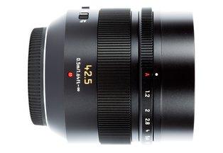 Panasonic Leica 42.5 f/1.2 Nocticron ASPH MFT