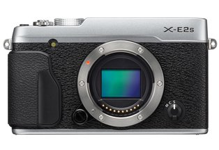 FujiFilm X-E2S Mirrorless Camera