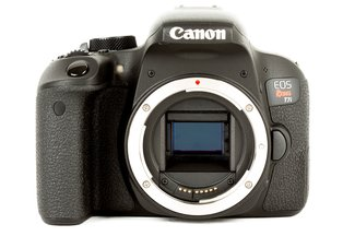 Canon Rebel T7i DSLR