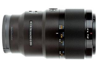 Sony FE 90mm f/2.8 G OSS Macro