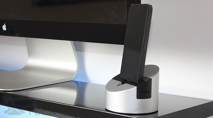 Henge Docks Gravitas: A Ridiculously Heavy Dock For Your iDevices