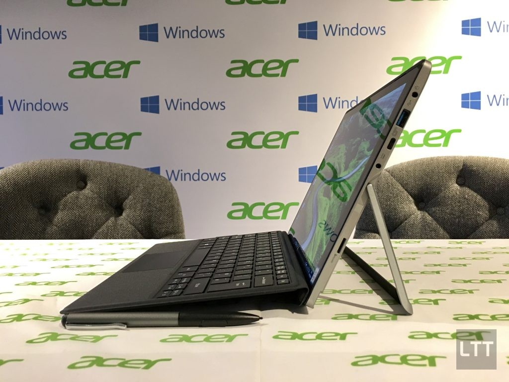 acer-switch-alpha-12-laptop-side
