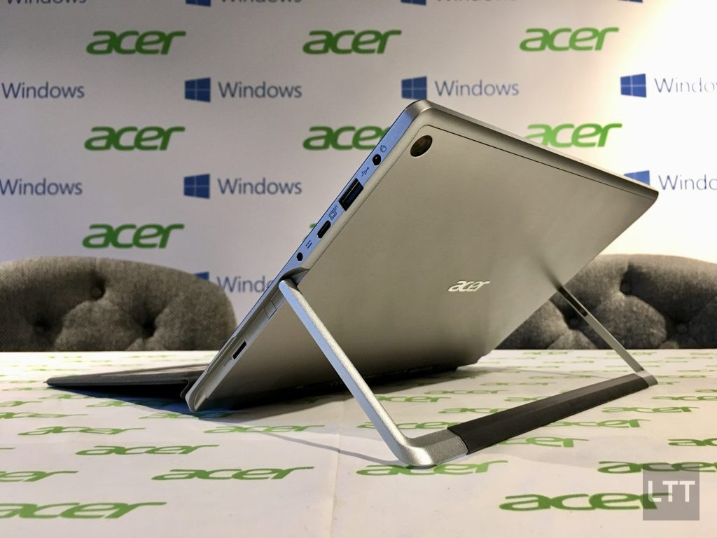 acer-switch-alpha-12-laptop-side-ports