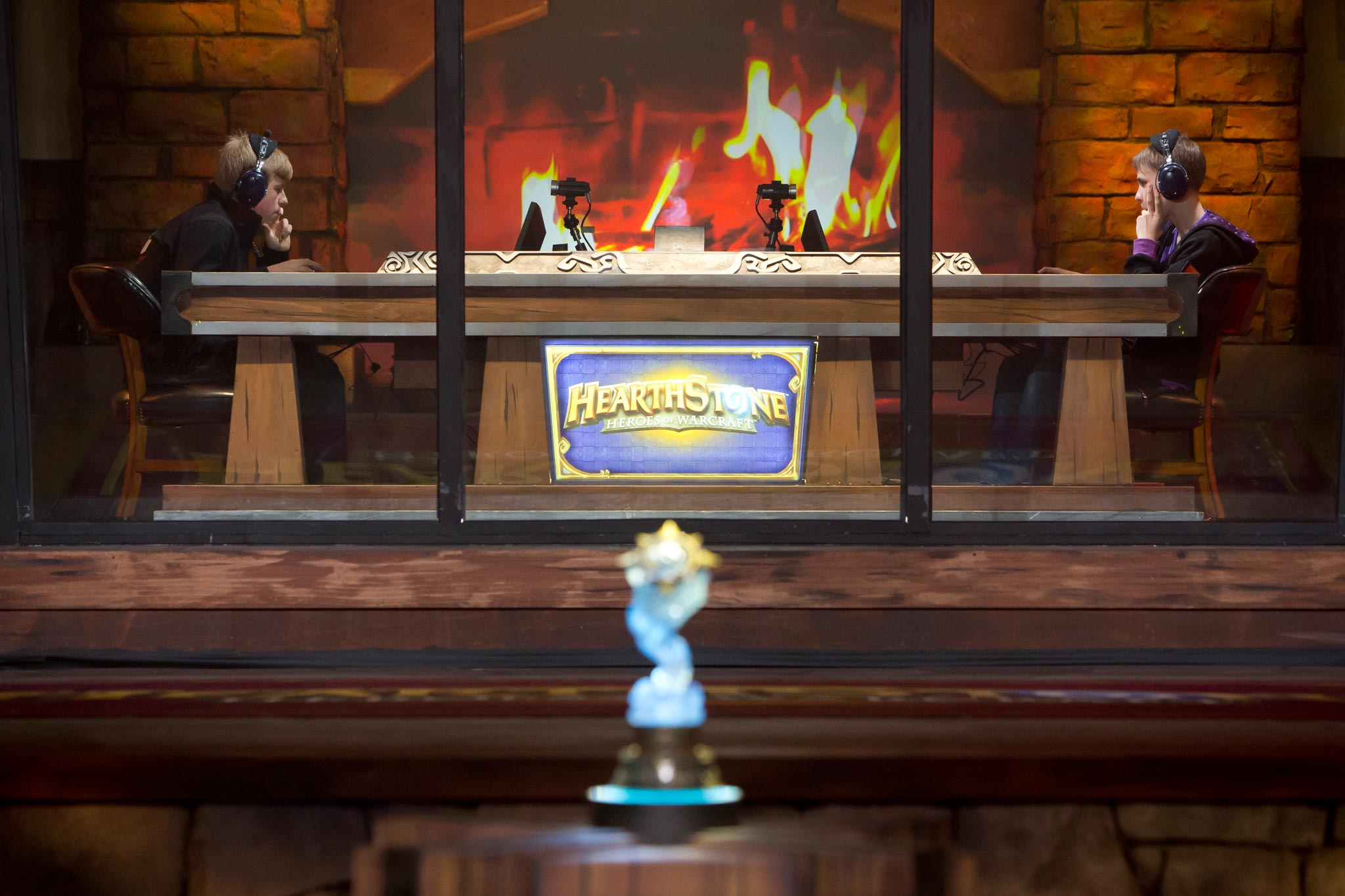 Tensions rise as games of Hearthstone swing back and forth