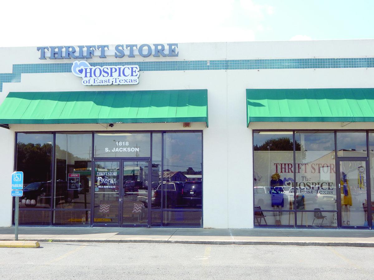 Hospice of ET opens resale shop