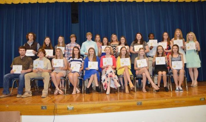 One Year Awards: Trase Bounds, Zoe Gasaway, Zoe Strayhorn, Jake Mitchell, Tiner Gunnell, Cassie Neukem, Darby Van Camp, Viktoria Dumond, Makayla Whiting, Monica Box, Zontray Kendall, Emily Golden, Caitlin Jones, and Sarah Muse. ( Front Row) Lane Stroh, Dylan Moser, Laiken Brickey, Ashtyn Beck, Jacey Wallace Molly Anderson, Emma Bullock, Shelby Long, Rachel Daniels,  and Emily West. ( Not Pictured: Stoney Griffen, Lane Eldridge, Karissa Herman, and Samuel Wright)