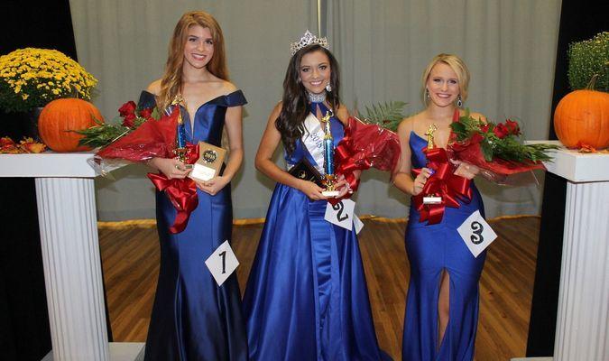 Left to right: 2nd Runner Up, Caitlin Jones; Miss Arkansas County, Whitney Tull; 1st Runner Up, Gillian Griffin