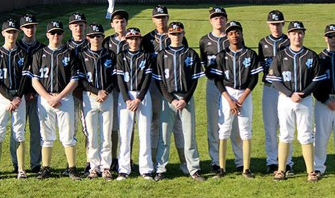 2019 Fulton County Pilots – Front row, left to right, Noah Miller, Mason Russom, Logan Johnson, Remington Stewart, Chade Everett, A.J. Turner, Myles Amberg and Damyen Goodrich. Back row, left to right, coach Charles Choate, Max Gibbs, Will Jackson, Thorne Massey, Jay Sipes, Dylan Hammond, Broc Bridges, Hayden Murphy, Quinn Lyons and asst. coach Larry Miller. (Photo submitted)