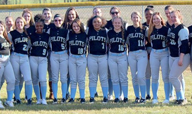 2019 Lady Pilots – Front row, left to right, Coach Lindsey Bridges, Abby Crawell, Karlie Williams, J'Mya Clay, Sidda Brown, Taylor Lane, Kylee Hammond, Kaylee Ward, Brookelyn Chambers, Mia Amberg, Cailey Prehoda and asst. coach Ashley Goodso; back row, Destiny Wiley, Brittany Taber, Abigail Bittenbender, Emily Meadows, Karen Jackson, Delaynee Cernmak, De'Ayria Kinney, Marleena Sipes and Gracie Reid. (Photo by Charles Choate)