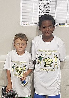 JUNIOR GOLF WINNERS AT FULTON COUNTRY CLUB – Winners in the 6 and under age group were, left to right, Nolan Rice, first; and Carson Miller, second (Photo submitted)
