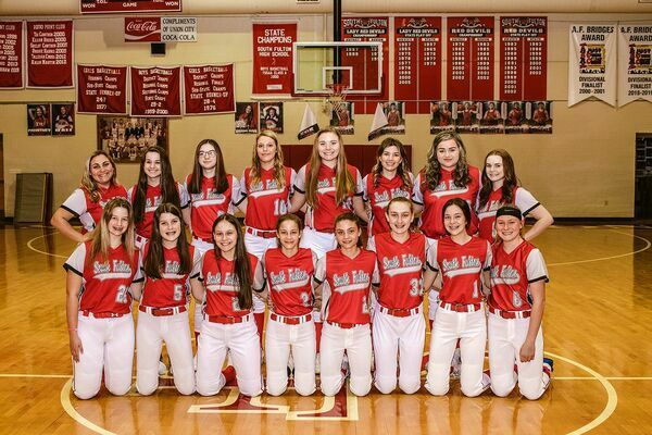2021 SOUTH FULTON HIGH SCHOOL SOFTBALL TEAM – Pictured are, front row, left to right, Brynn Futrell, Anna Claire Barnes, Chloe Liliker, Anna Gore, Aubree Gore, Abbi McFarland, Hadley Barnes, Maddie Gray; back row, Elizabeth Archie, Mary Pitts, Libbi Clark, Kaleigh Richert, Stasia Madding, Halle Gore, Emily Meadows, and Marli Buchanan. (Photo by Jake Clapper)