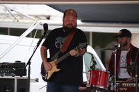 Ryan Savallo performing.