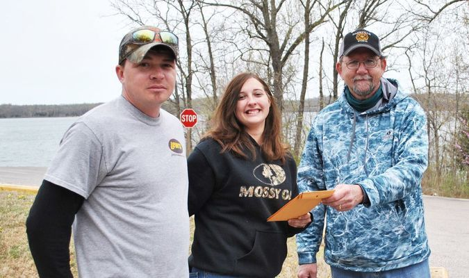 Jesse Tate and Chey Addison won with a total weight of 11.18 lbs.  They pocketed a total of $195.00. (submitted photo)