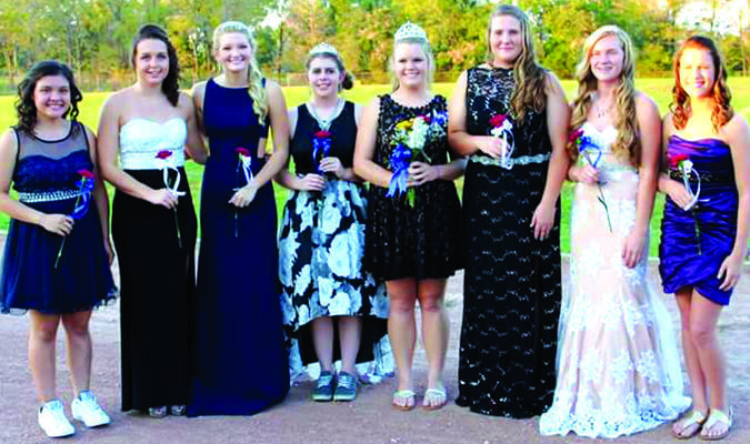 Greenfield 2016 Homecoming Court: left to right: sophomore, Kiarra Mai; senior, Macy Wilson; senior Taylor Burns; 2015 Queen Kelly Morrow; 2016 Queen Sadie Fare; senior Cheyanne Melton; junior, Chloee Taylor; and freshman, Jacque Reid. Photo by Cricket Marshall