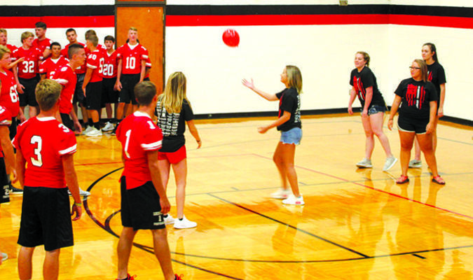 A volleyball drill using balloons