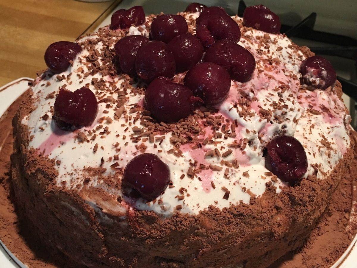 The messenger of juneau county - Recipes From Yesteryear Schwarzw Lder Kirschtorte Or Black Forest Cake